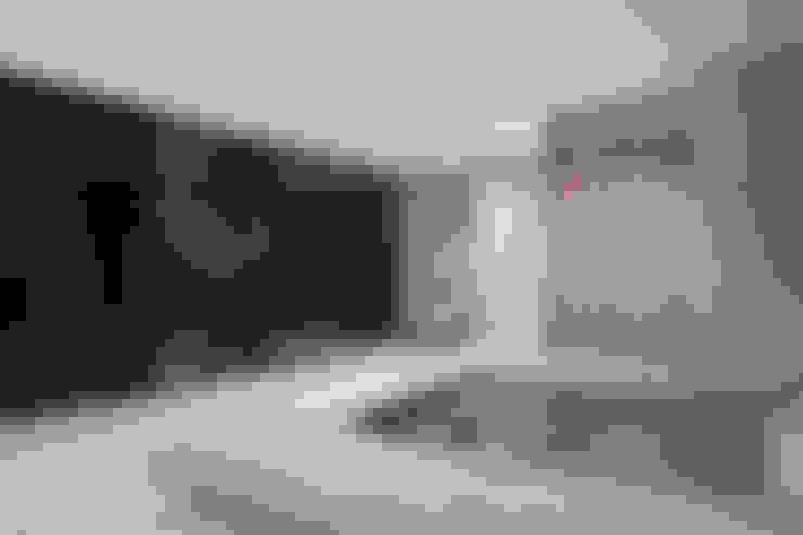 مسبح تنفيذ destilat Design Studio GmbH