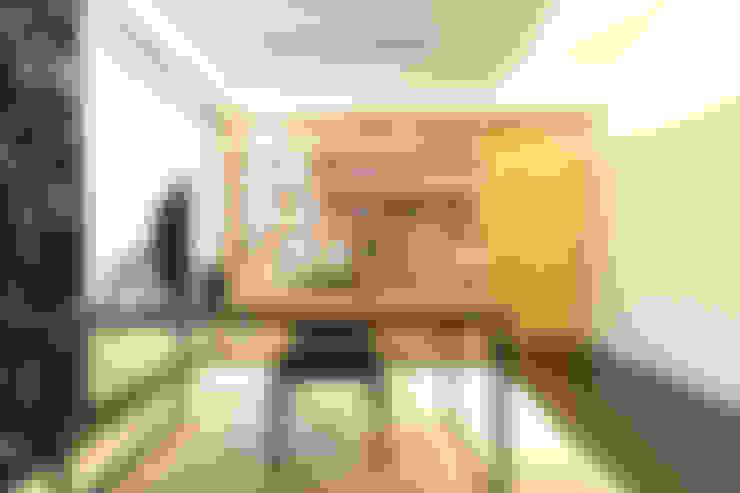 Ruang Kerja by 果仁室內裝修設計有限公司