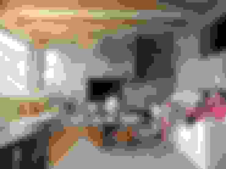casa Balmaceda - Fontaine: Livings de estilo  por David y Letelier Estudio de Arquitectura Ltda.