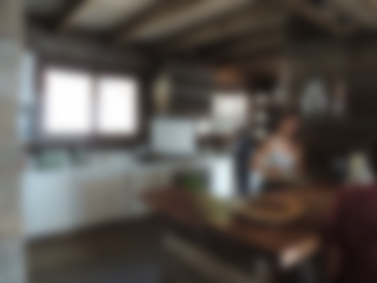 casa Balmaceda - Fontaine: Cocinas de estilo  por David y Letelier Estudio de Arquitectura Ltda.
