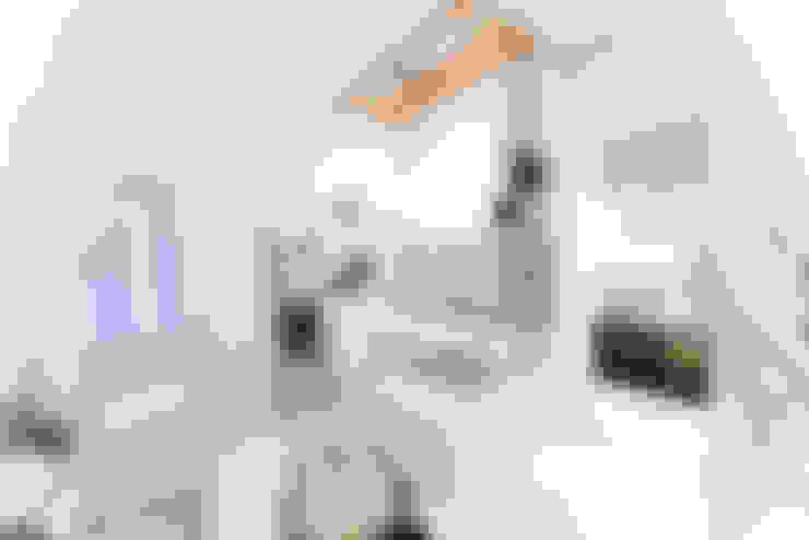 Baños de estilo  de freudenspiel - Interior Design