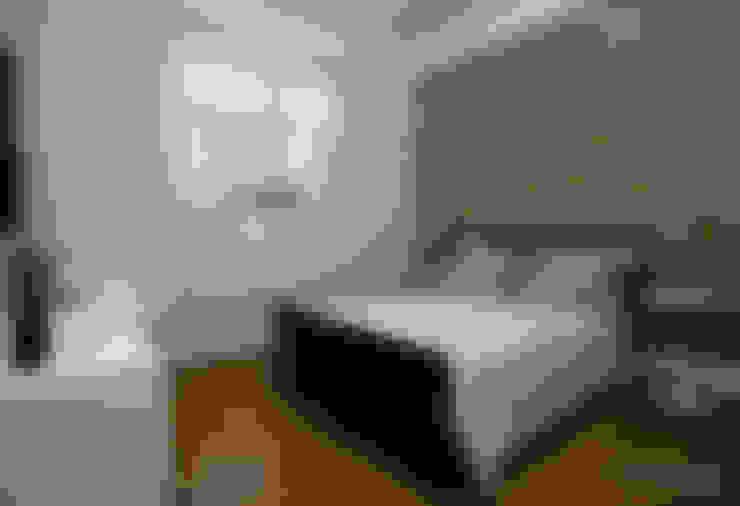 Dormitorios de estilo  por SET Arquitetura e Construções
