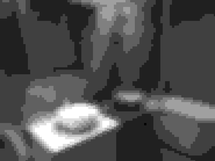 黑色與鐵件的混合搭配 溫馨愜意宅:  浴室 by 捷士空間設計(省錢裝潢)