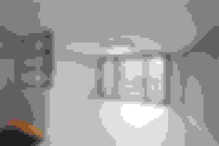 Ruang Keluarga by 디자인토모