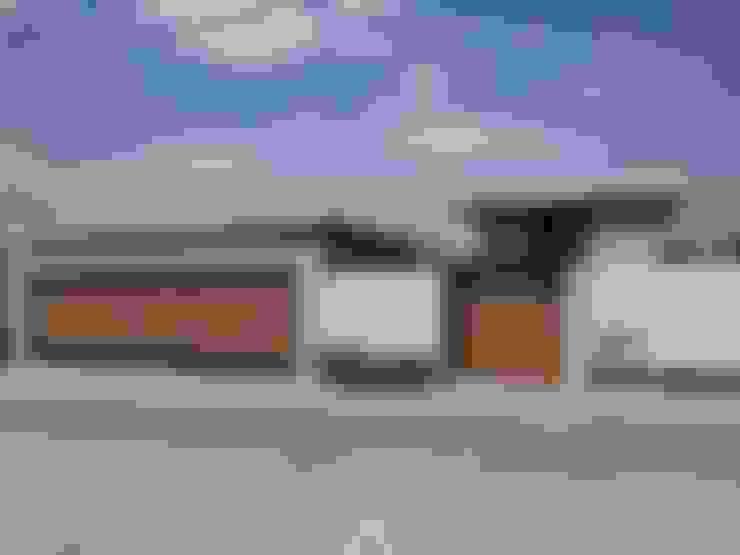 Casas de estilo  de Álzar
