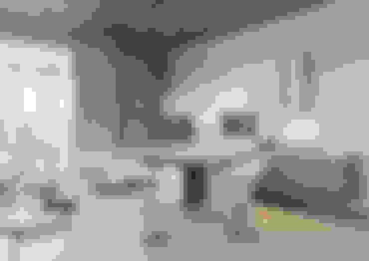 Ruang Keluarga by Astar project