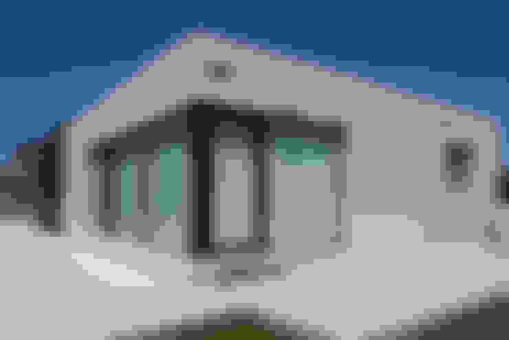 Casas de estilo  por Casas Cube