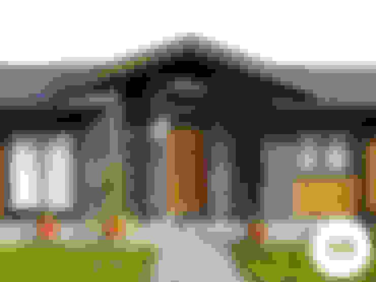 Houses by REW. Arquitectura & Diseño