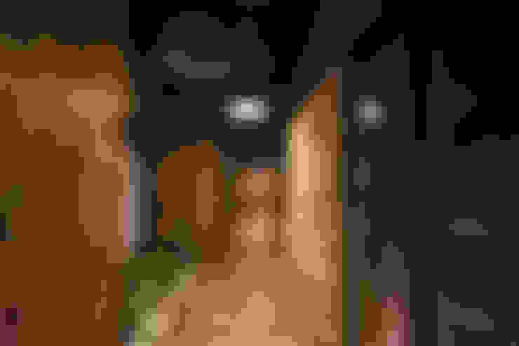 走廊 & 玄關 by OPUS