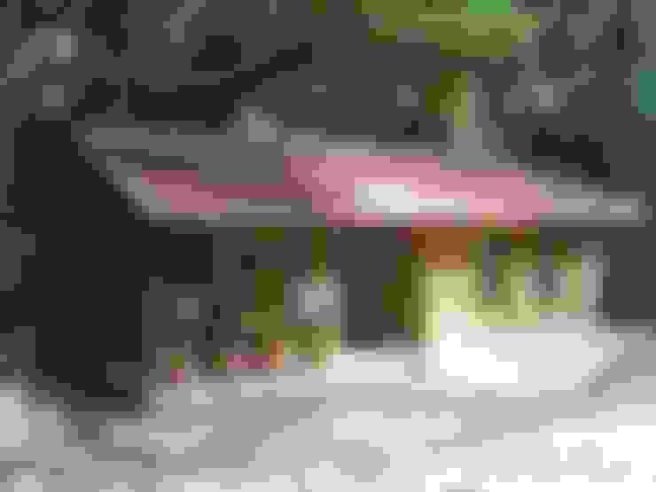 Estudios y despachos de estilo  de Casas y cabañas de Madera  -GRUPO CONSTRUCTOR RIO DORADO (MRD-TADPYC)