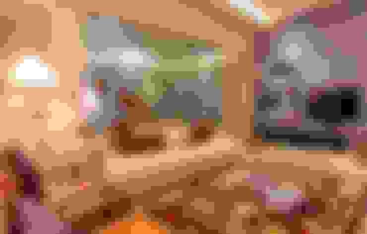 Living room by Zeba India Pvt. Ltd.