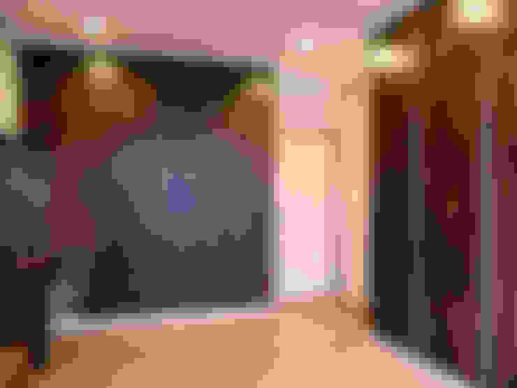 開闊兼容三代:  臥室 by 史賓宅安-Springzion