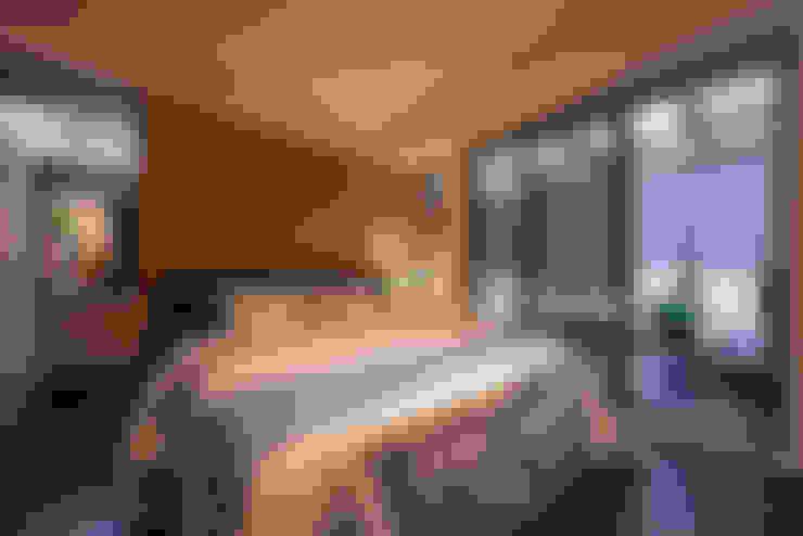 臥房:  臥室 by 存果空間設計有限公司