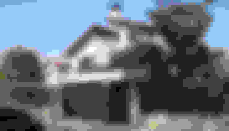 Casas de estilo  por Rafael Hernáez Loza AITEC Proyectos