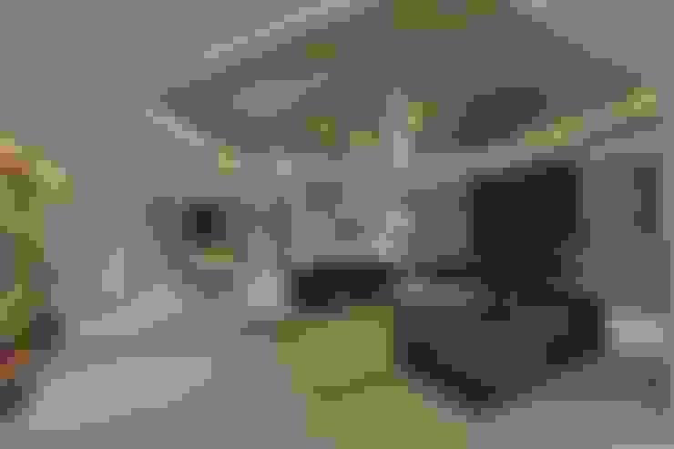 غرفة المعيشة تنفيذ SPACCE INTERIORS