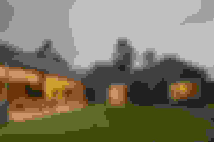 Casas de estilo  de toroposada arquitectos sas
