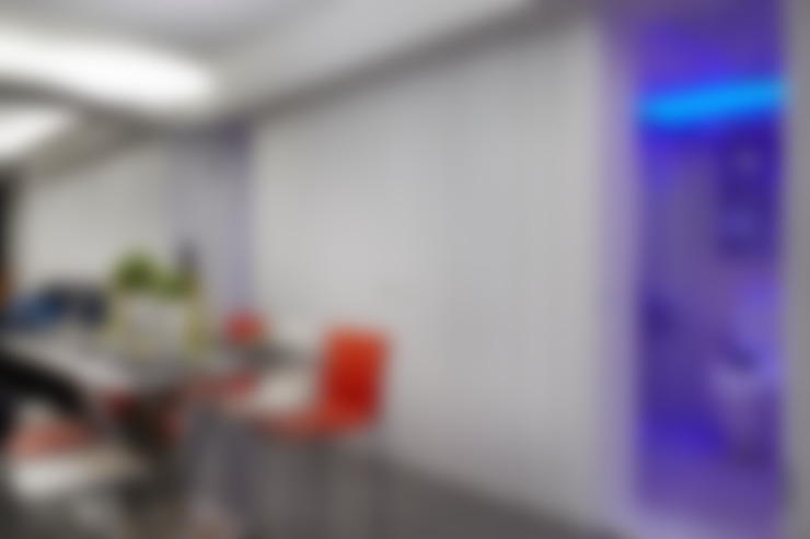 Salle à manger de style  par 弘悅國際室內裝修有限公司