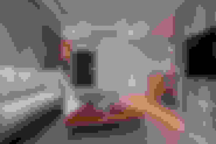 北歐X工業風!:  客廳 by 好家空間設計工作室