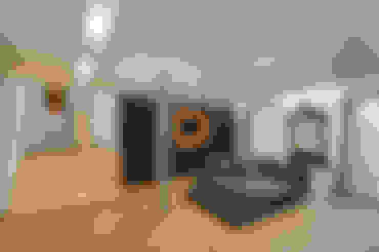 Ruang Keluarga by STIMAMIGLIO conceptluxurydesign
