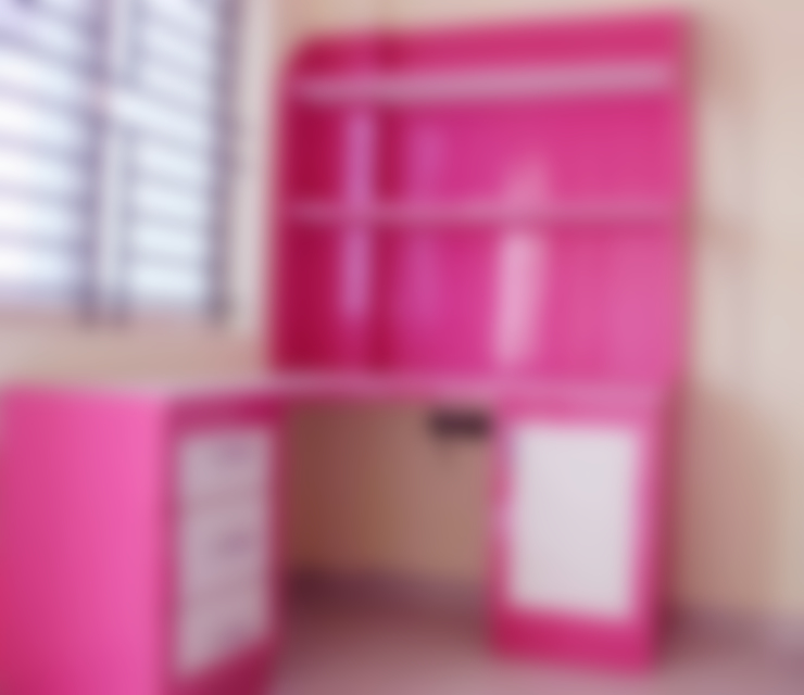 Kids Study Table:  Study/office by Scale Inch Pvt. Ltd.