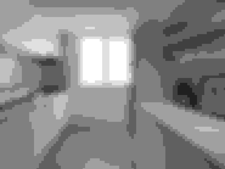 台北市 信義區 林宅  中古屋空間規劃風格重塑:  廚房 by 御見設計企業有限公司