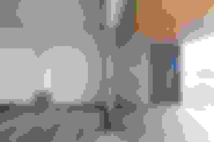 Wohnzimmer von Studio Ecoarch