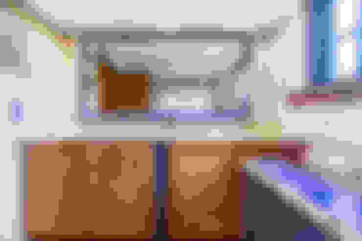 浴室 by CCVO Design and Staging