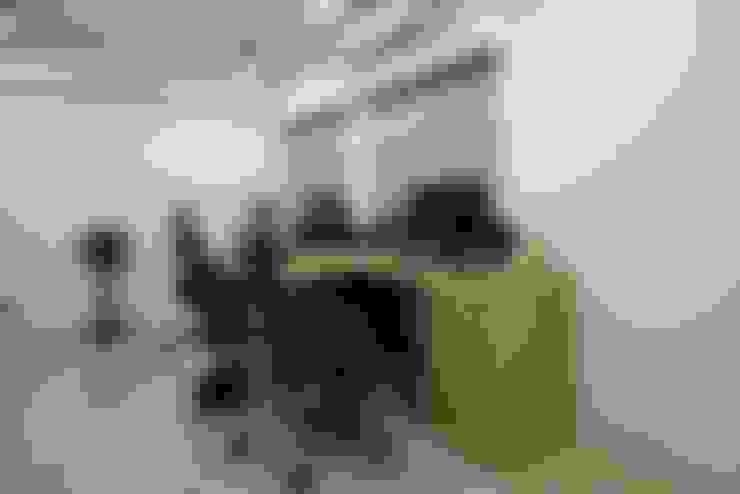 書房:   by 寬軒室內設計工作室