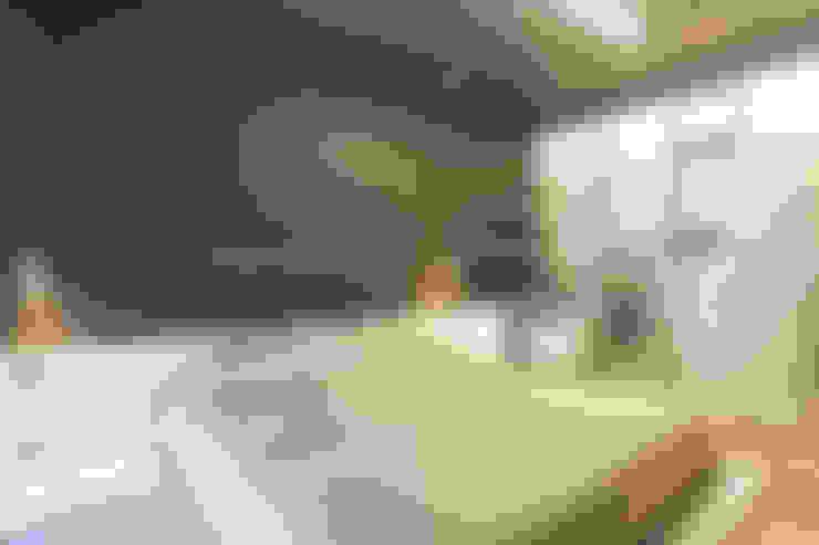 غرفة نوم تنفيذ Silvana Barbato, StudioAtelier