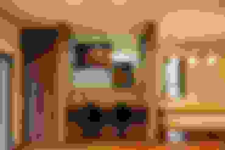 Comedores de estilo  por やまぐち建築設計室