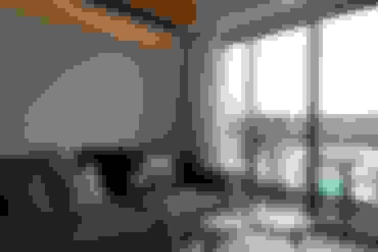 Phòng khách by 一穰設計_EO design studio