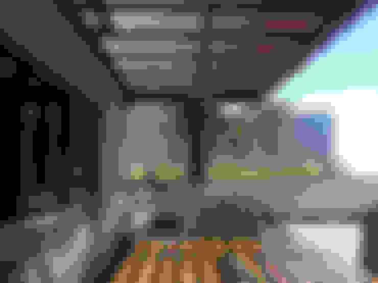 Terrazas  de estilo  por Productos Cristalum