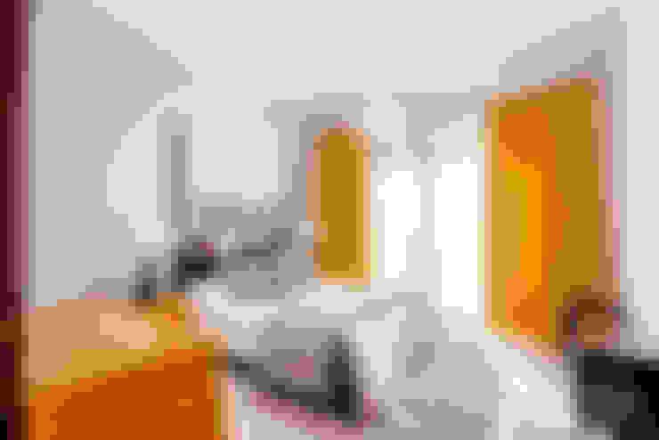 Dormitorios de estilo  por COCA INTERIORS