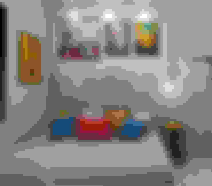 Quarto para um jovem adulto: Quartos  por Jéssika Martins Design de Interiores