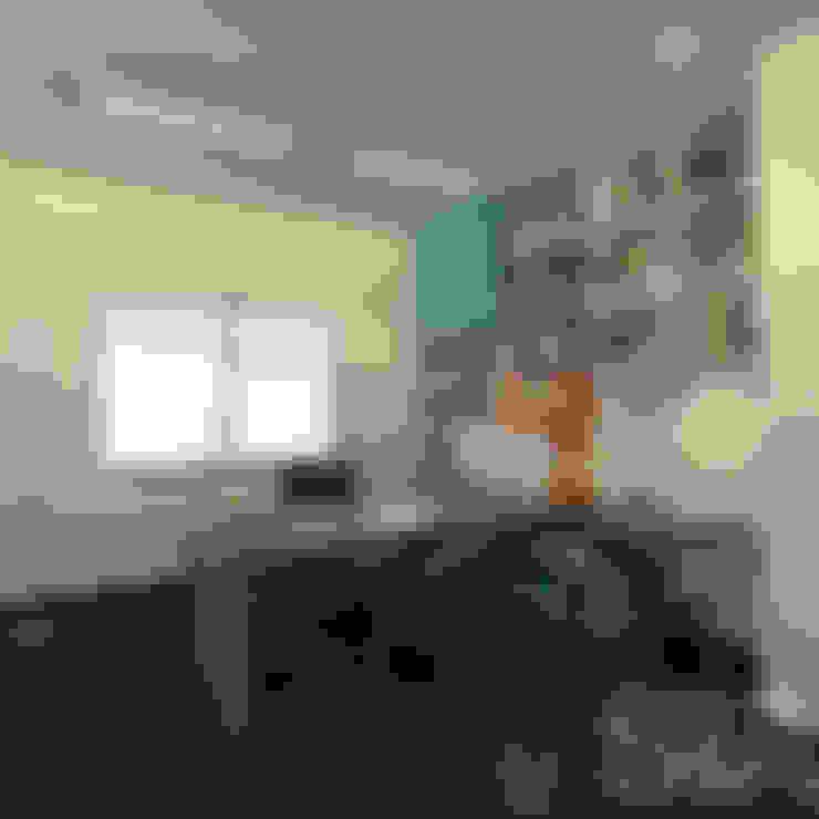 Escritorio: Oficinas de estilo  por Soluciones Técnicas y de Arquitectura