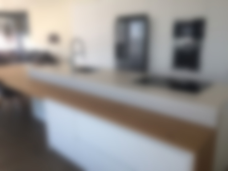 ห้องครัว by Visaespais, reformas y rehabilitaciones en Tarragona