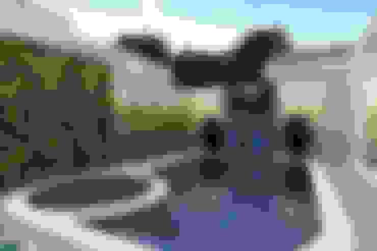 Hồ bơi trong vườn by homify