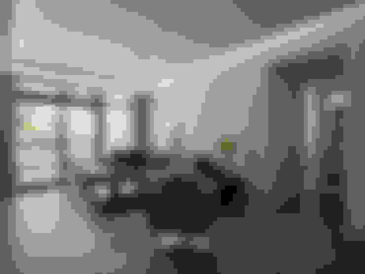C宅_白。純:  客廳 by 沐禾設計事務所