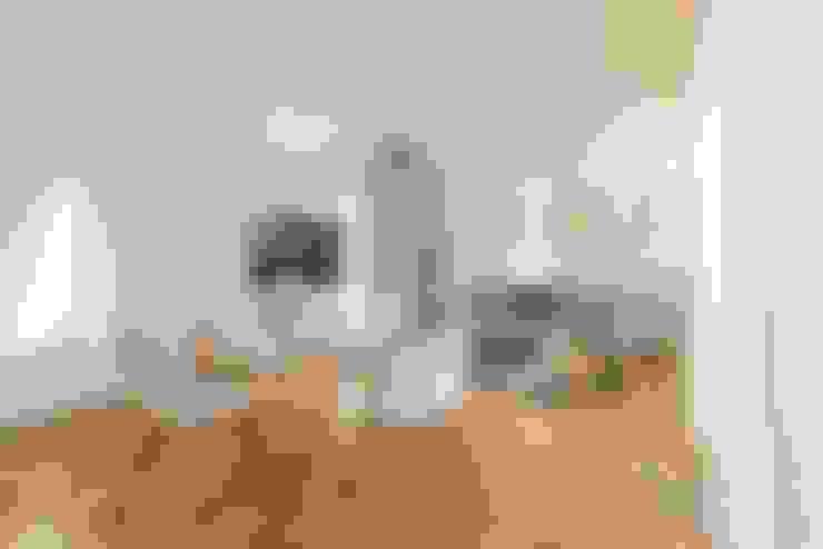 Salas de estilo  por Anna Leone Architetto Home Stager