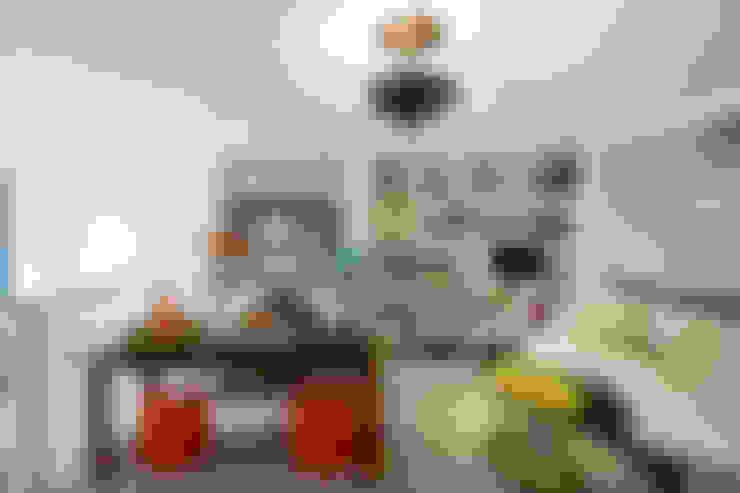 Study/office by andretchelistcheffarchitects