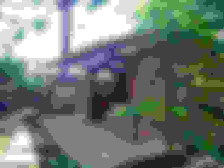 Front garden by 一級建築士事務所 匠拓