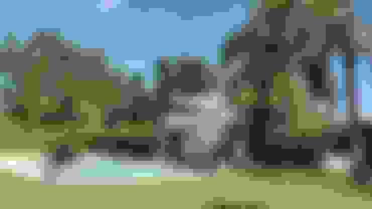 Pool by Estudio Victoria Suriguez
