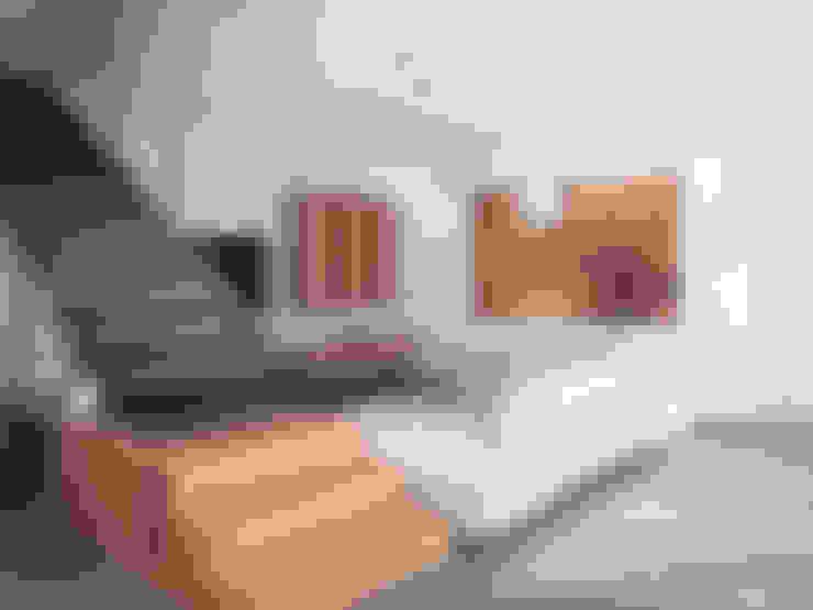 Ruang Keluarga by Marlegno