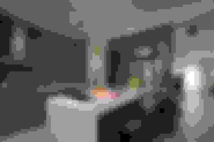 隨意隨心,恰如其分的空間:  廚房 by 楊允幀空間設計