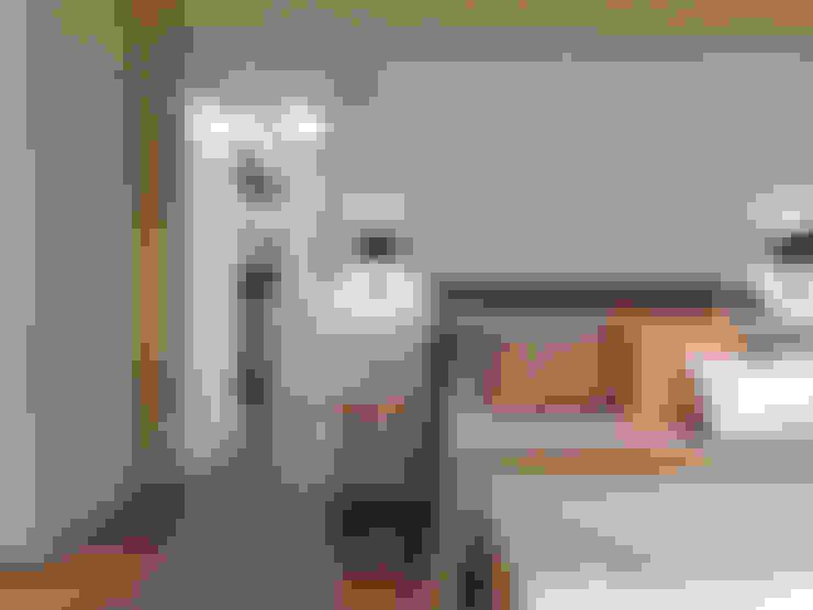 更衣室門:  更衣室 by 存果空間設計有限公司