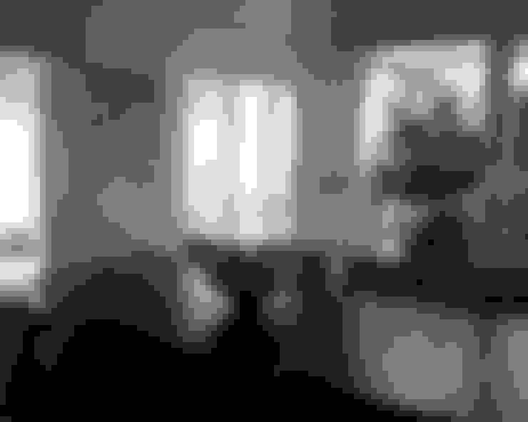 Sala da pranzo in stile  di B.A-Studio