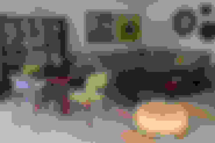 Livings de estilo  por NISPERO HOME