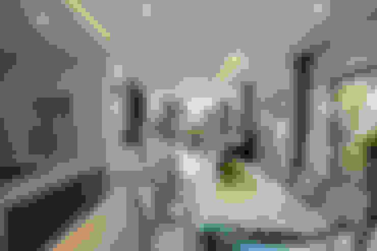 Biệt thự Sân vườn Mrs.Ngọc Thảo. KĐT VCN Phước Hải, P. Phước Hải, tp. Nha Trang. Nhiếp ảnh: Quang Dam:  Phòng ăn by Cty TNHH MTV Kiến trúc, Xây dựng Phạm Phú & Cộng sự - P+P Architects