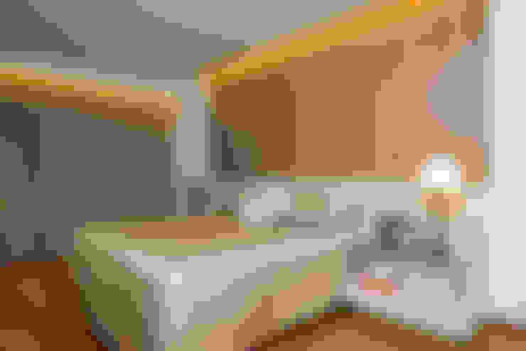Bedroom by Danielle Valente Arquitetura e Interiores