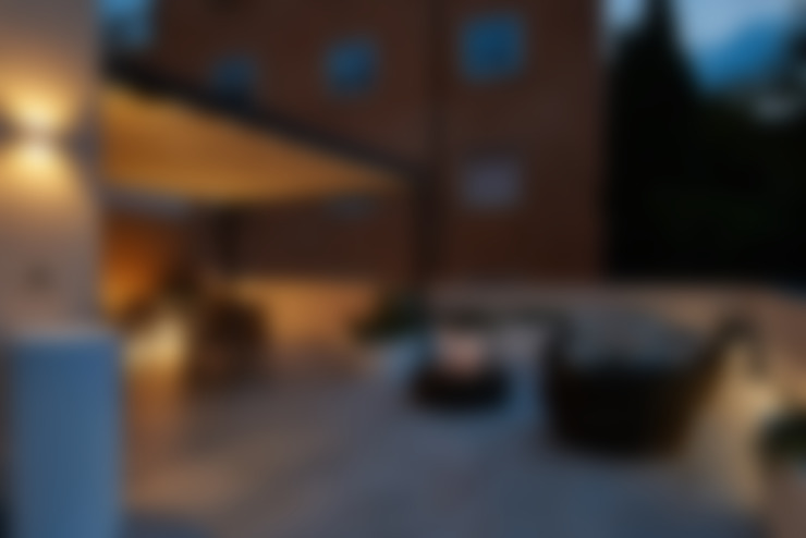 بلكونة أو شرفة تنفيذ ArchiDesign LAB